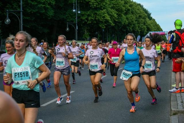Avon Frauenlauf Berlin, Frauen im Sport, Gleichberechtigung im Sport