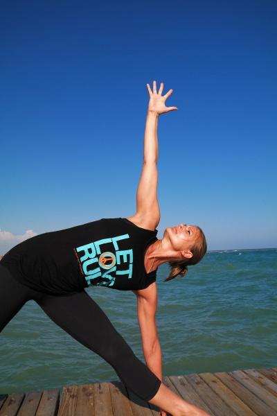 Folge 09 // LULTRAS love sports // Alena Scharfschwert Yoga Mönchengladbach